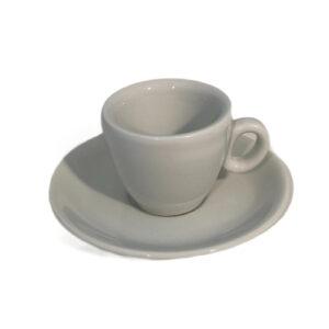 бяла чаша за кафе